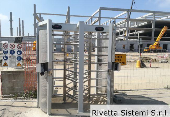 Tornello a tutta altezza - installazione controllo accessi
